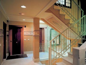 Edificio Calle del Peso 3 - Oviedo - Escalera